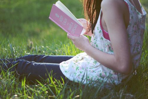 让自己多看书的说说