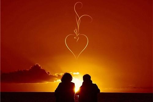 一句话爱情鸡汤语录,相爱是一生的承诺!
