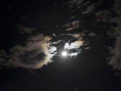 描写黑夜的优美句子 古风描写黑夜的句子