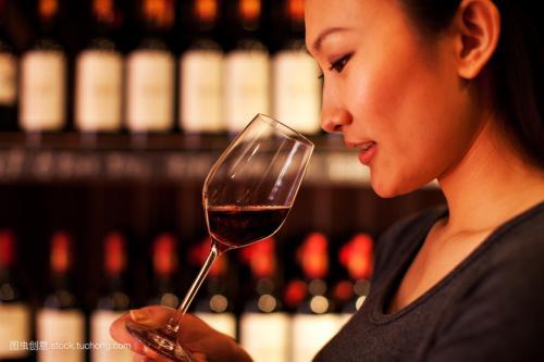 形容红酒唯美的句子