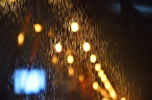 雨夜的心情说说
