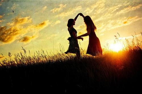 写友情的唯美句子短 描写友情的句子短句