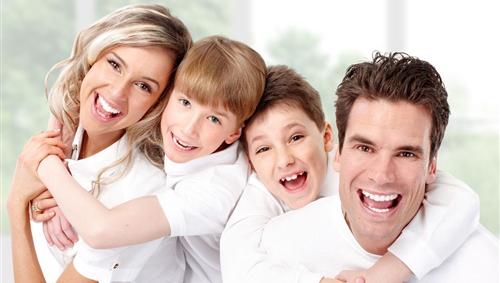 一家人在一起很幸福的说说 形容一家人很幸福的