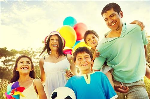 一家人在一起很幸福的说说 形容一家人很幸福的语句