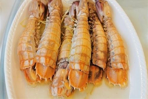 吃海鲜大餐的心情说说