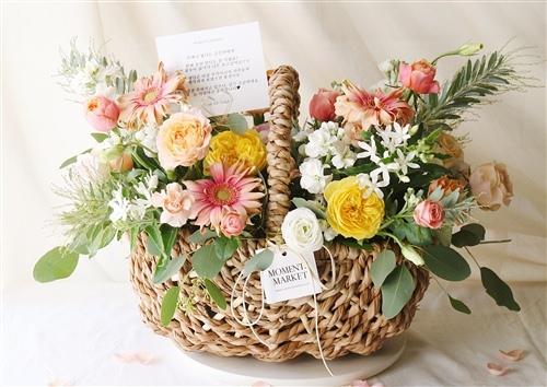 鲜花卡片祝福语送女士