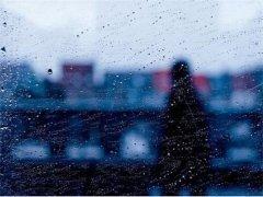 形容雨天的唯美句子