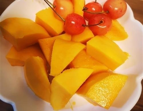 描写芒果的好词好句摘抄 吃芒果的心情语句