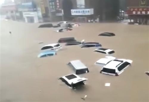形容发洪水的时候感慨句子